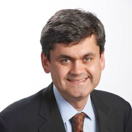 Headshot of CWRU faculty member Leonardo Madureira