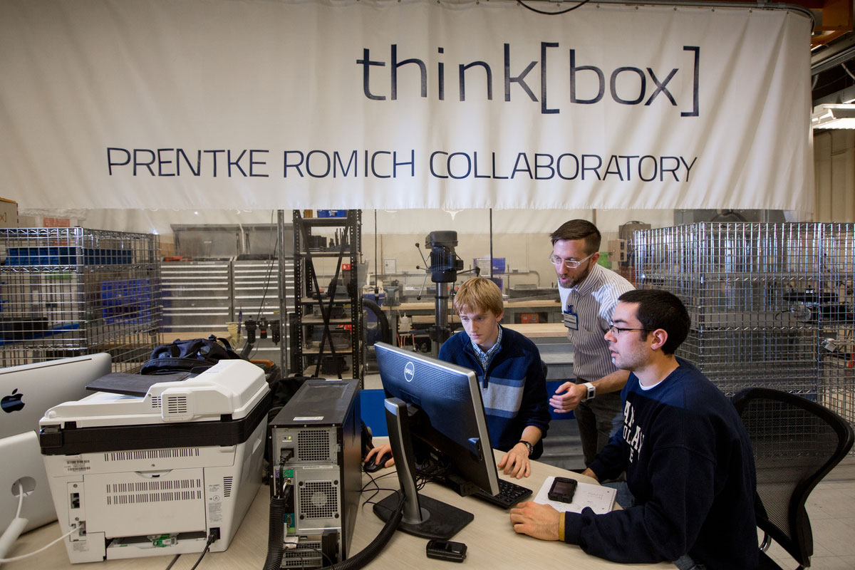Students working in CWRU thinkbox