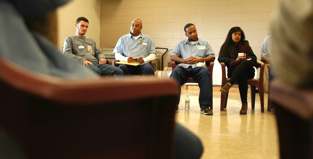 Prisoners and undergraduates are classmates in seminar on