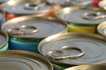 Top of tin cans with pull tabs to open