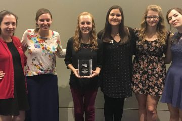 Women of Ohio Lambda Chapter of Pi Beta Phi with Connection to Community Award