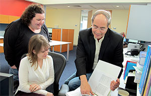 Mark Singer CWRU with students