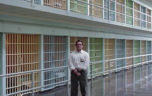 galanek_prison_feat.jpg