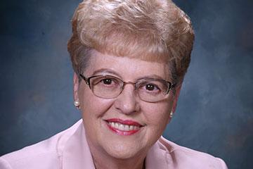Eva Kahana