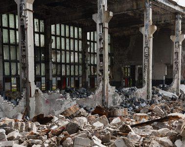 buildings ravaged by the civil war in Yemen