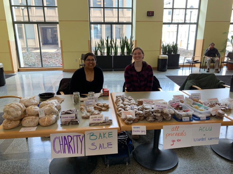 Medical students continue Share the Loaf fundraiser The Daily