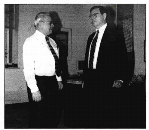 Photo of Ricard Zdanis and Agnar Pytte standing together talking