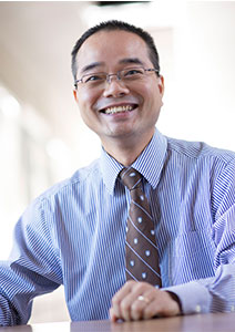 photograph of Bill Yu