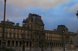 Photo of the exterior of the Musée du Louvre in Paris