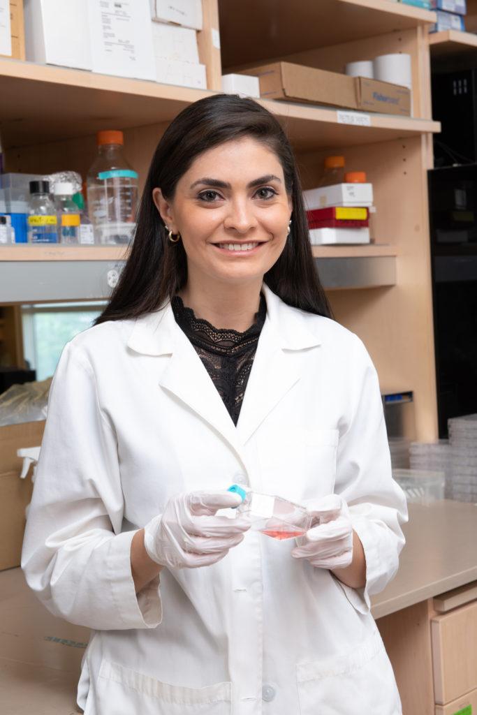Photo of Yamilet Huerta in the lab