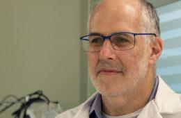 Headshot of Case Western Reserve alumnus and faculty member Ted Warren