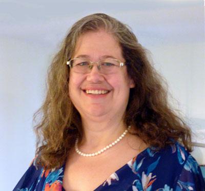 Sarah Masters Headshot